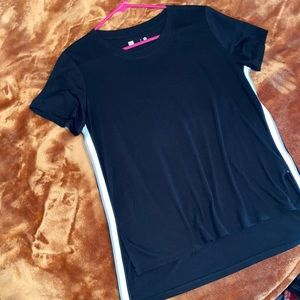 Xersion Medium Black Tee Shirt with Split sides